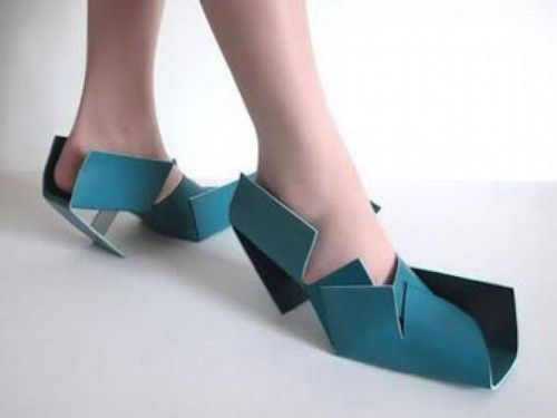 Paper Mess : 15 Bizarre-Looking Shoes Nobody Should Ever Wear | TOAT
