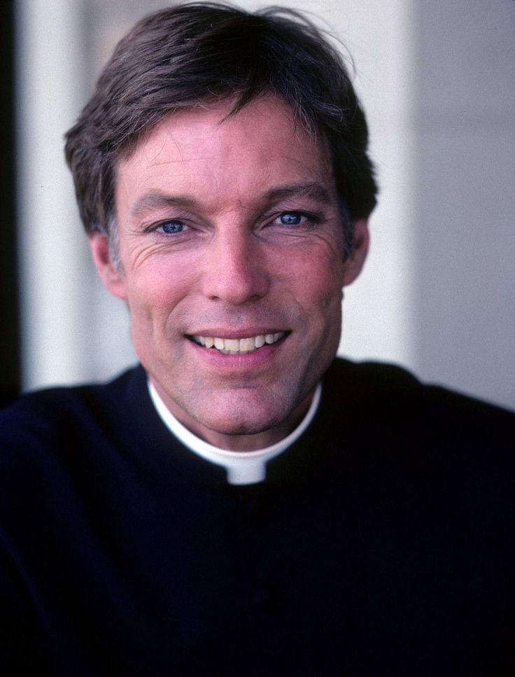 Thorn Birds  Cute Richard Chamberlain <3
