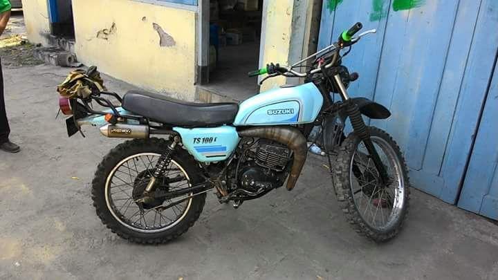 Trail Klasikan TS100 - KLATEN - LAPAK MOBIL DAN MOTOR BEKAS