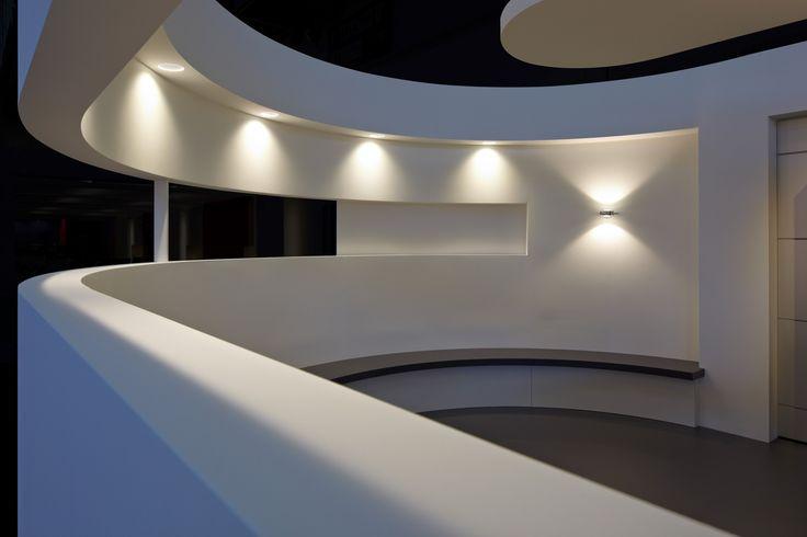 ceiling: Più piano seamless in | wall: Sento verticale