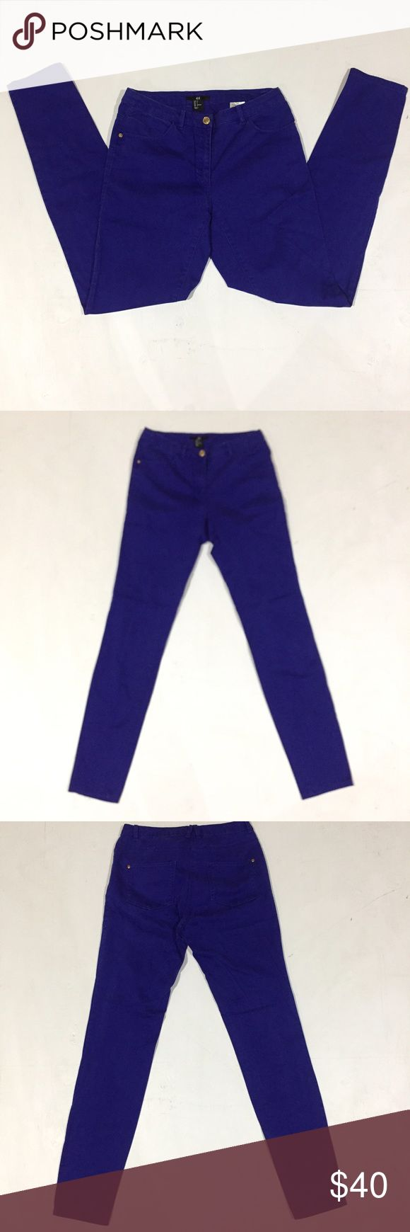 "H&M Blue Purple Skinny Jeans Description: Blueish Purple skinny jeans. Defects: None Condition: Excellent  Waist: 13.5"" flat across Inseam: 28"" Smoke free home with cats and dogs. Washed in All Free & Clear. H&M Jeans Skinny"