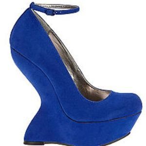 Steve Madden architectural wedge