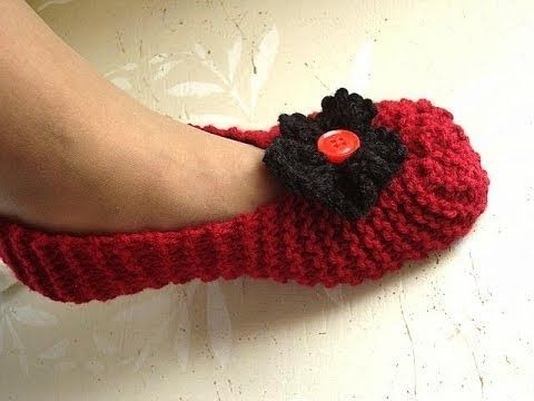 Knitted slippers for beginners, free knitting video for unisex slippers ...