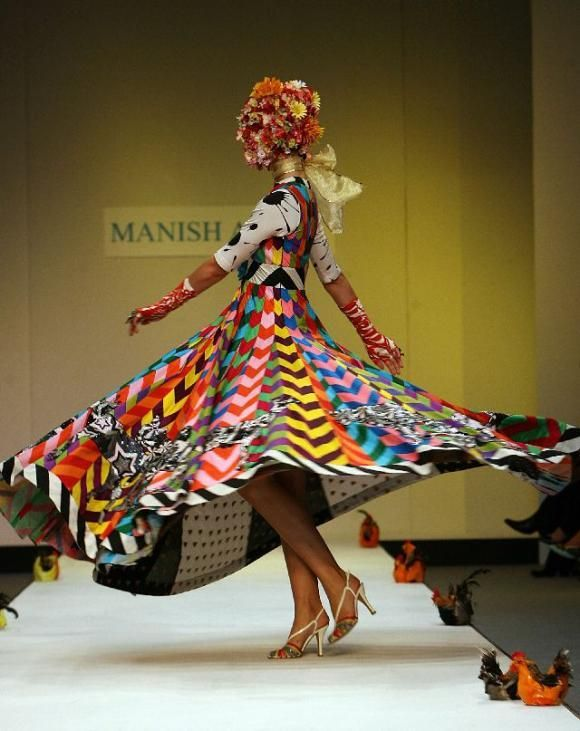 Ee88c33ac9b94e1fbe023d54c1a1ba0e__2: Design Katy, Arora London, Desi Fashion, Funky Fashion, Carousels Dresses, Manish Arora, London Fashion Week, 2007 Www Manisharora W, Arora Design