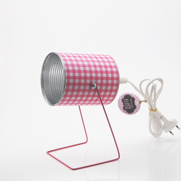 Lampe spot motif vichy rose grand pied : Luminaires par mr-and-mrs-bin