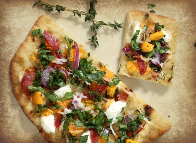 Healthy Flatbread Pizza with butternut squash