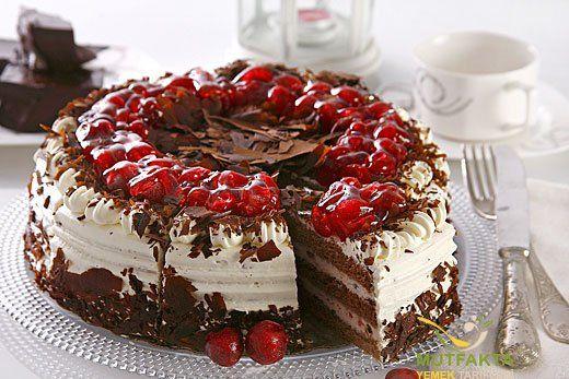 Doğum günü pastası, bisküvi pastası, alman pastası, balkabağı pastası , milföy pastası, diş pastası tarifi ve diğer pasta tarifleri için tıklayınız.