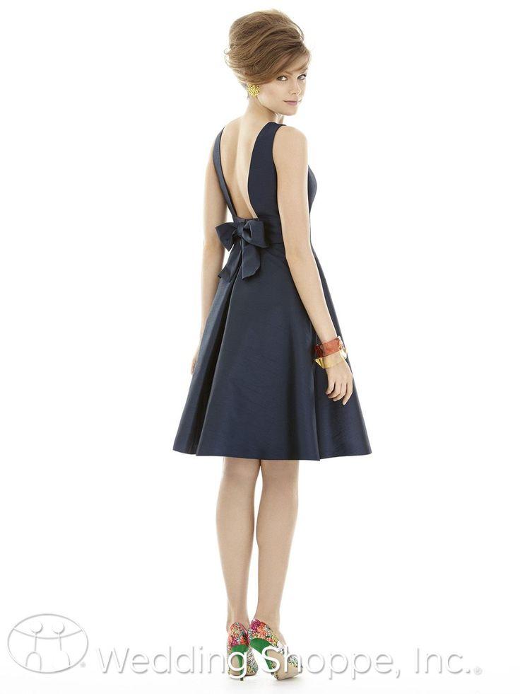 Alfred Sung Bridesmaid Dress D681