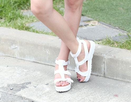 Korea womens shopping mall [REALCOCO] Ready Birkenstern SANDAL Post / Size : 230~250 mm / Price : 56.82 USD #koreafashionshop #koreafashion #pinterfashion #pinterclothes #pintershop #koreashop #dailyfashion #OOTD #apparel #shoes