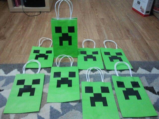 minecraft party favor bags let 39 s party pinterest. Black Bedroom Furniture Sets. Home Design Ideas