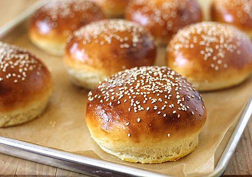 The Galley Gourmet: Homemade Hamburger Buns