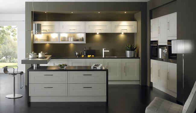 Aspire-harvard. Fitted kitchens from Sheraton Interiors