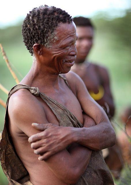 Botswana Bushmen. BelAfrique your personal travel planner - www.BelAfrique.com