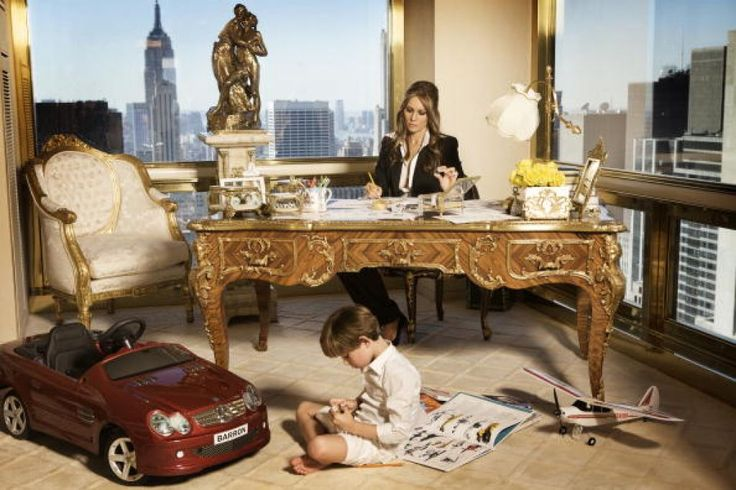 Donald Trump, Melania Trump and their son Barron Trump pose at their home in New York City. Photo: Regine Mahaux/MT, Getty / 2010 Getty Images