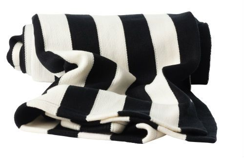 IKEA Fan Favorite: EIVOR throw. Add a graphical element to any room with this black and white fan fave.