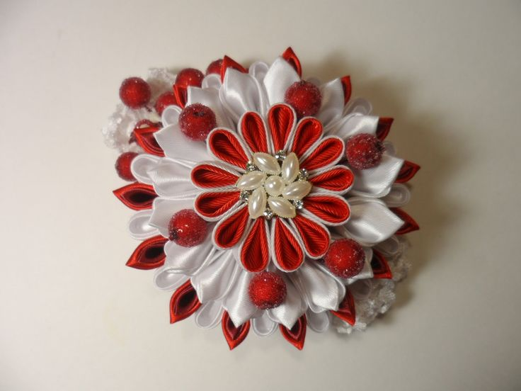 Уроки Канзаши . Цветок Зимняя Вишня . Мастер класс Канзаши