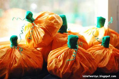 Dynie z bibuły marszczonej :D  #dynia #pumpkin #tissuepaper #Halloween #DIY #instruction #handmade #lubietworzyc #bibula