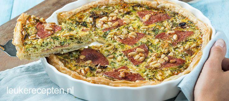 Heerlijke hartige taart gevuld met prei en salami. Lekker als lunch of met een salade of soep als diner.
