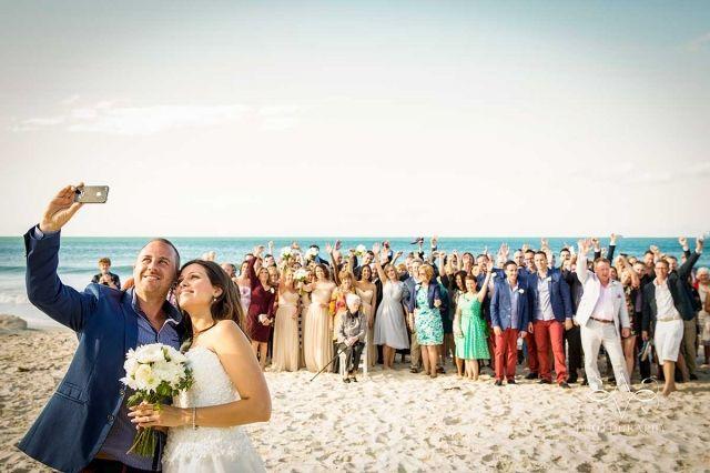 byron-bay-figtree-wedding-venue-belongil-beach-ultimate-selfie