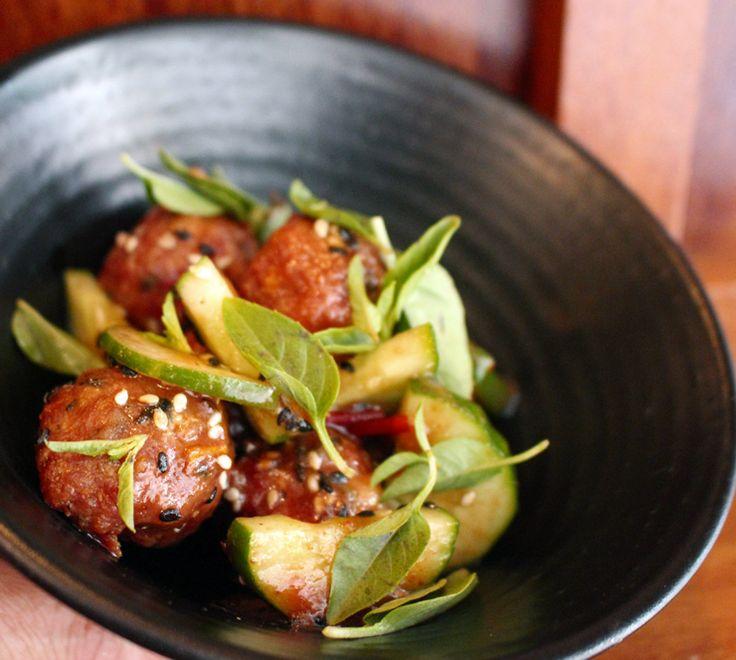 Almôndegas ao molho de tamarindo do MIca: picantes, agridoces e viciantes