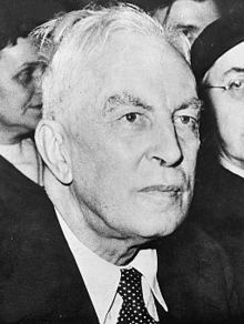 Arnold Joseph Toynbee CH (/ˈtɔɪnbi/; 14 April 1889 – 22 October 1975) was a British historian, philosopher of history, research professor of International History at the London School of Economics and the University of London and author of numerous books. Toynbee in the 1918–1950 period was a leading specialist on international affairs. He is best known for his 12-volume A Study of History (1934–1961).