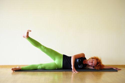 Целлюлит, гудбай! 15 упражнений от инструктора по пилатесу   Диеты