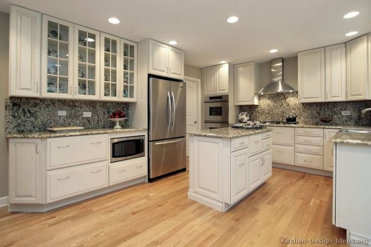 Traditional White Kitchen Ideas white kitchen backsplash | kitchen backsplashes with white