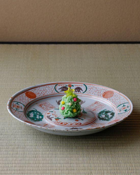 japanese sweets /一日一菓*木村宗慎 /菓=聖夜,末富(京都) /器=阿蘭陀色絵呉須赤絵写平鉢,18世紀 /2012/12/24
