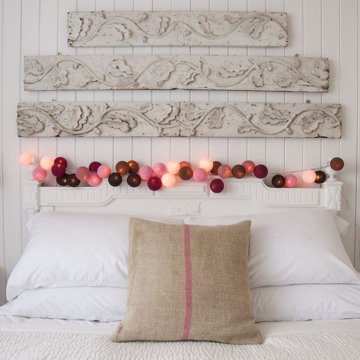 Mocha Amore Fairy Lights - Smoky tones of Mocha, Chocolate Brown, Plum, Pale Pink, Soft Pink, Dusty Rose fairy Lights make up this set which will warm any home from the inside out. Add a splash of colour to your life with our fantastic fairy lights. #Interiors #Decor #Pink fairylights.com