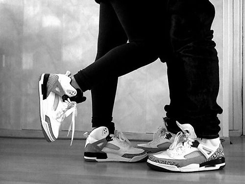 Matching Jordans! That would be so adorable if the guy I dated would be wearing the same shoes as me ❤