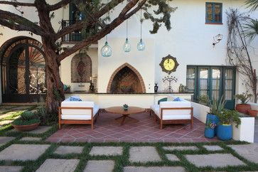 Andalusian style courtyard / patio, Mediterranean style home in Los Angeles, California