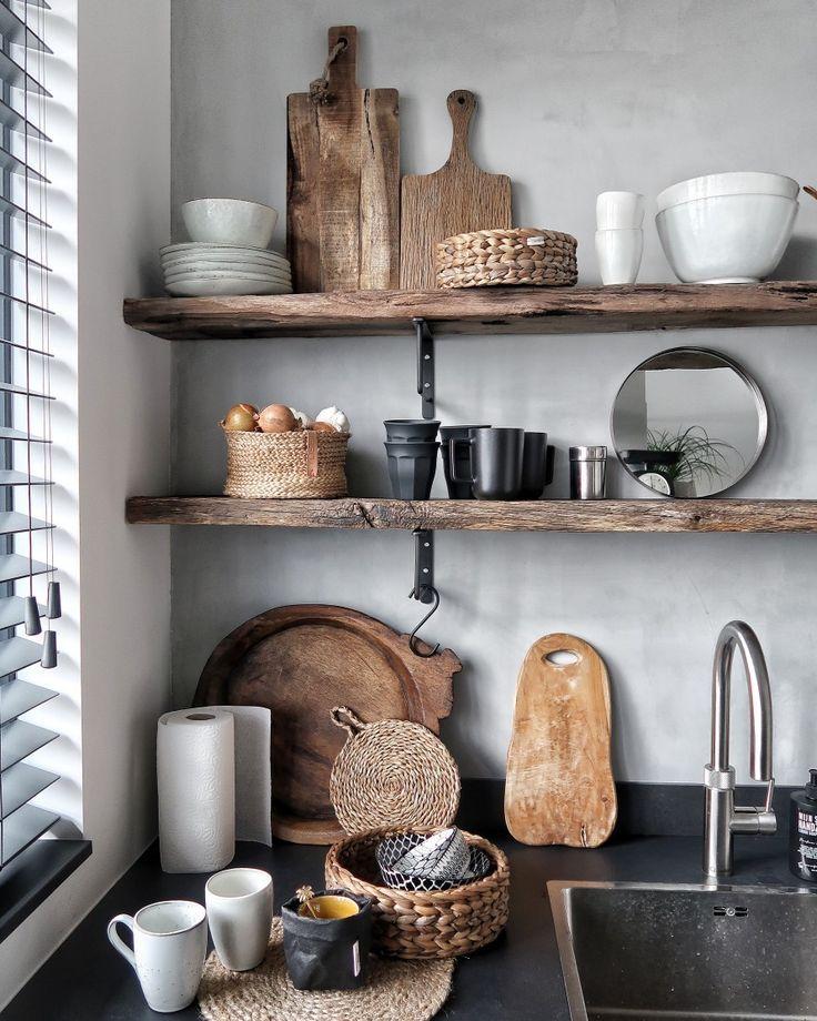 Wagondelen, Houten Planken, Betonstuc, Servies, Keuken
