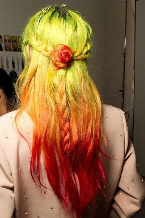 Crazy colored hair ♥ like I would never get my hair colored with these kinds of colors but I still love the way it looks.