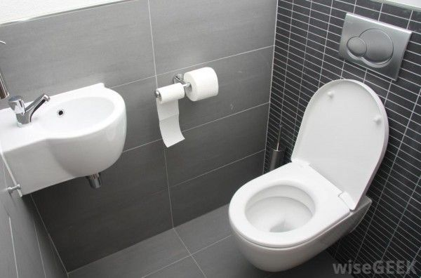 Asking For Support How To Clean Bathroom Very Easily? These 3 Issues Will Support You Do It Best - http://www.dailywomanmag.com/wedding-ideas/asking-for-support-how-to-clean-bathroom-very-easily-these-3-issues-will-support-you-do-it-best.html
