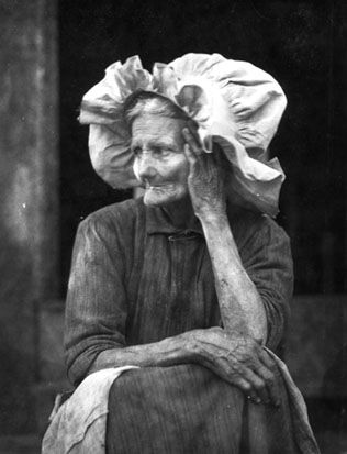 Old woman in sunbonnet. I wonder what she's thinking about. Originally pinned by W Rivers onto Appalachia.