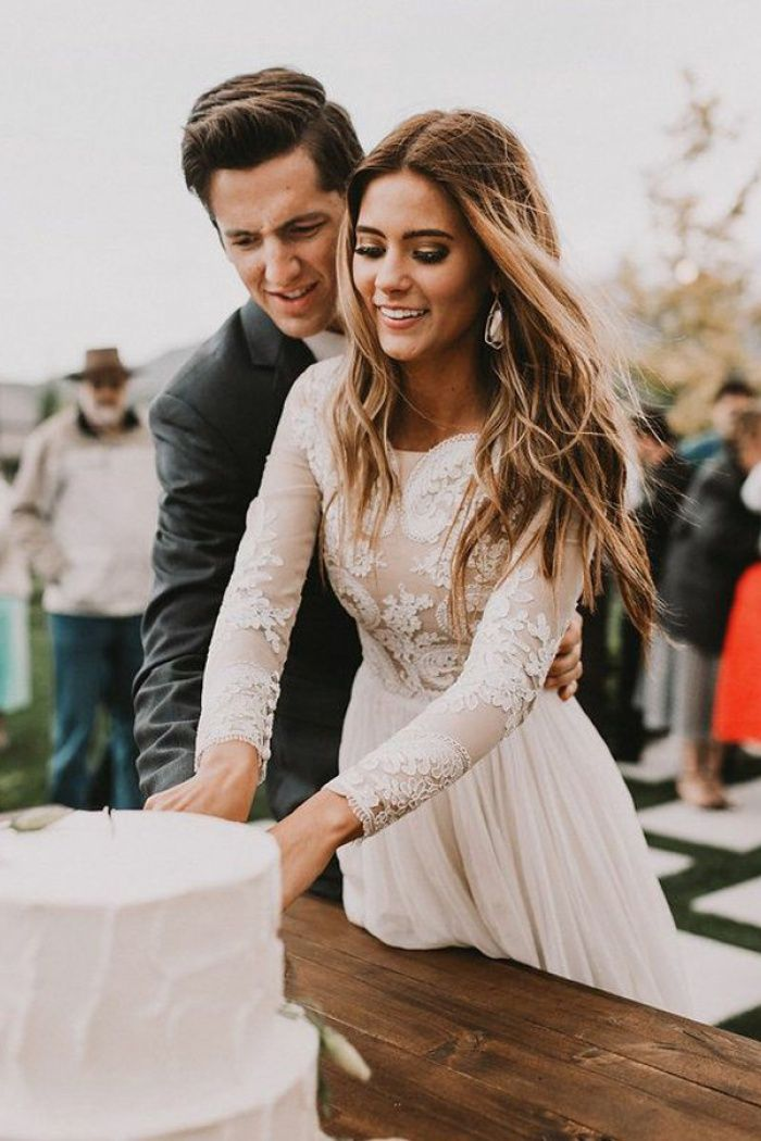 A-Line Bateau Long Sleeves Chiffon Wedding Dress with Appliques – Wedding