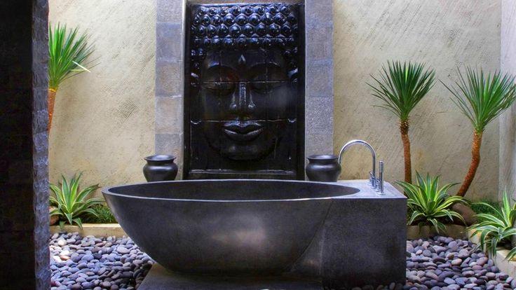 Balinese styled bathroom. Villa Mahkota in Seminyak, http://www.villa-bali.com/en/villa/seminyak/villa-mahkota