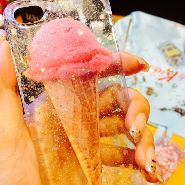 The DIY vintage ice cream transparent phone case. First, It was only my hobby but now it is my lil business :)