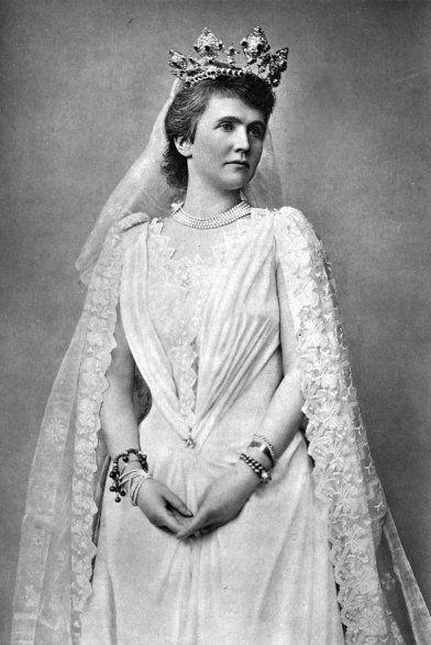 The Life of Carmen Sylva (Queen of Roumania) | The Project Gutenberg eBook of Carmen Sylva, by Baroness Deichmann.
