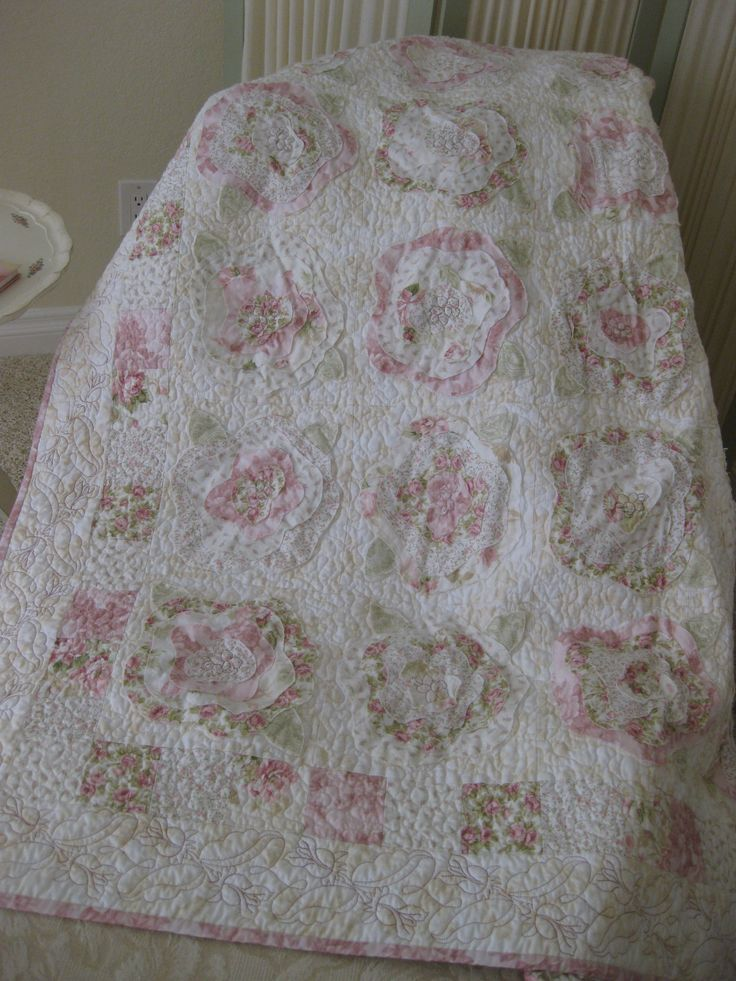 Quot French Roses Quot Quilt Rose Of Sharon Treasures