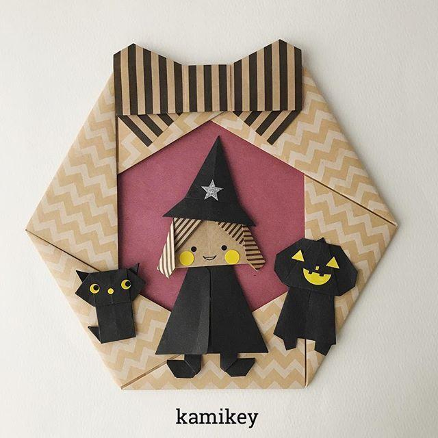 """シックな感じの魔女リースマントつながりで「カボチャマン」も一緒に^ ^ ✳︎ 「まじょ・まほうつかい」の作り方動画は、YouTubeチャンネル【創作折り紙 カミキィ】でご覧ください(プロフィールにリンクがあります) ✳︎ Witch decorations designed by me Tutorial on YouTube """"kamikey origami """" #origami #折り紙 #kamikey"""