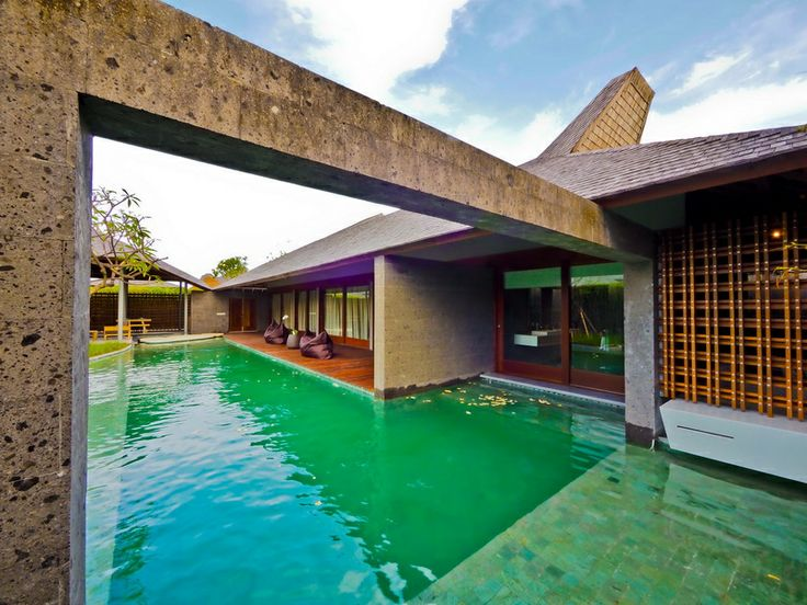 The Santai offers fully-integrated resort style luxury living located in a peaceful greenery environment of Umalas