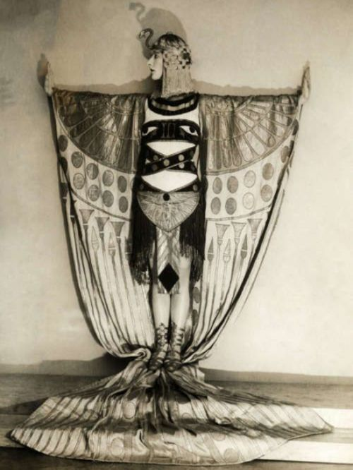 15 Vintage Halloween Costume Ideas — Vintage Clothing Store Online   Austin Texas   Dalena Vintage