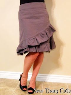 Free Knee Length Charlotte Russe Inspired Skirt Pattern and Instructions