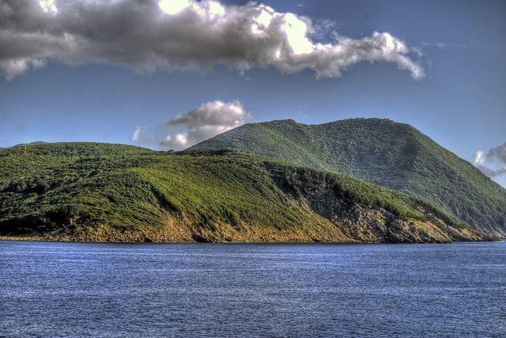 Gita di primavera all'Isola d'Elba: 3 idee di viaggio tra castelli e natura
