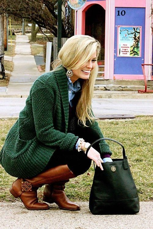 Emerald Green sweater...I lovve this color.  Beautiful with the brown boots...