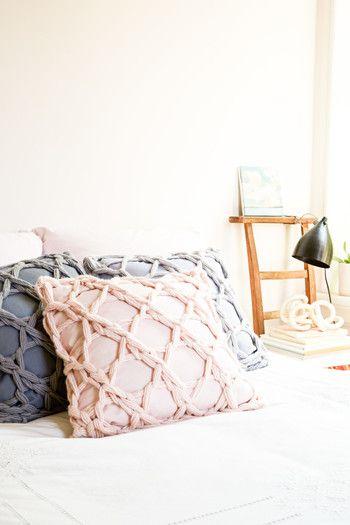 編み方によって雰囲気が大きく変わるのは普通の編み物と全く同じ☆いろいろな編み方をマスターしたいですね。