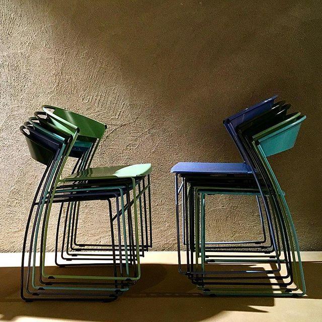 BALERI ITALIA @isaloniofficial la nuova palette cromatica di Juliette  Design Hannes Wettstein Art Director @parisottoaldo @parisottoformenton  #salonedelmobile2017 #baleriitalia #parisottoeformenton #hanneswettstein #juliette #design #mdw #mdw2017 #colors #palette #brioni #material #chairs #outdoor #lightandshadow #thelinkpr @gretarufus @giovanna_tissi
