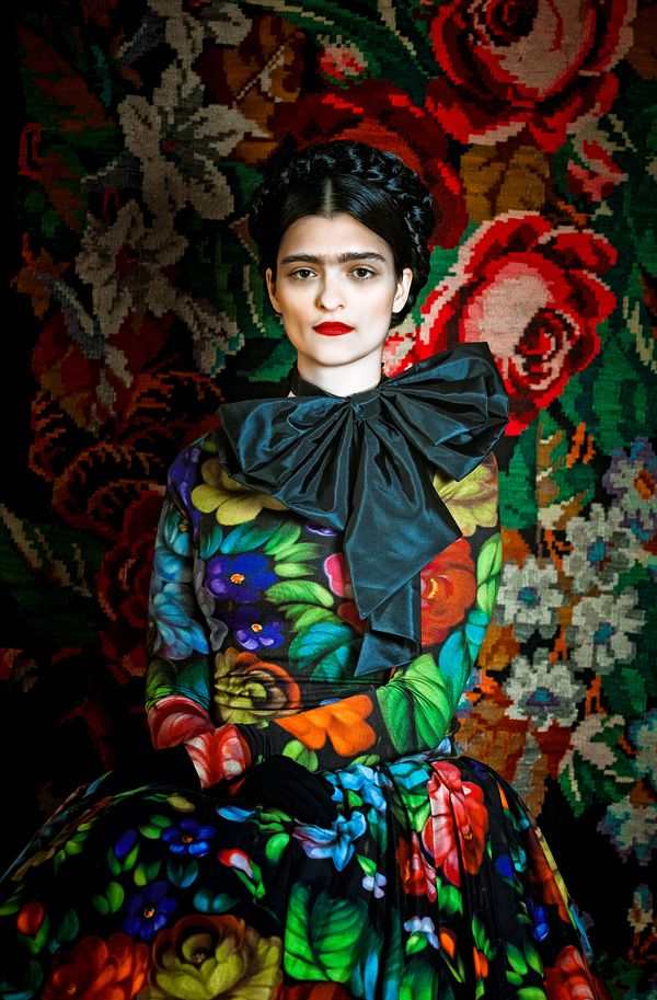 FRIDA / Susanne Bisovsky - atelier olschinsky: Artists, Color, Fashion Design, Fridakahlo, Fashion Photography, Fashion Magazines, Fashion Editorial, Frida Khalo, Frida Kahlo