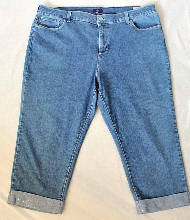 NYDJ Crop Cropped Capri Blue Jeans Plus Size 18 W Lift Tuck Rhinestones Rolled #NotYourDaughtersJeans #CapriCropped